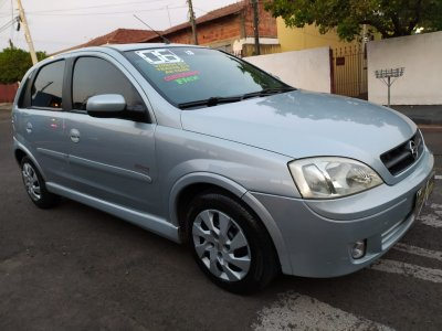 Veículo CORSA HATCH 2006 1.0 MPFI MAXX 8V FLEX 4P MANUAL