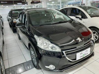 Veículo 208 2015 1.6 GRIFFE 16V FLEX 4P AUTOMÁTICO