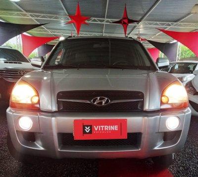 Veículo TUCSON 2011 2.0 MPFI GLS 16V 143CV 2WD GASOLINA 4P AUTOMÁTICO