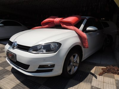Veículo GOLF 2014 1.4 TSI HIGHLINE 16V GASOLINA 4P MANUAL