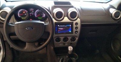 Veículo FIESTA SEDAN 2012 1.6 MPI CLASS SEDAN 8V FLEX 4P MANUAL