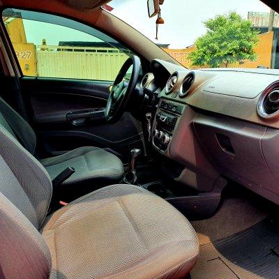Veículo VOYAGE 2013 1.6 MI COMFORTLINE 8V FLEX 4P MANUAL