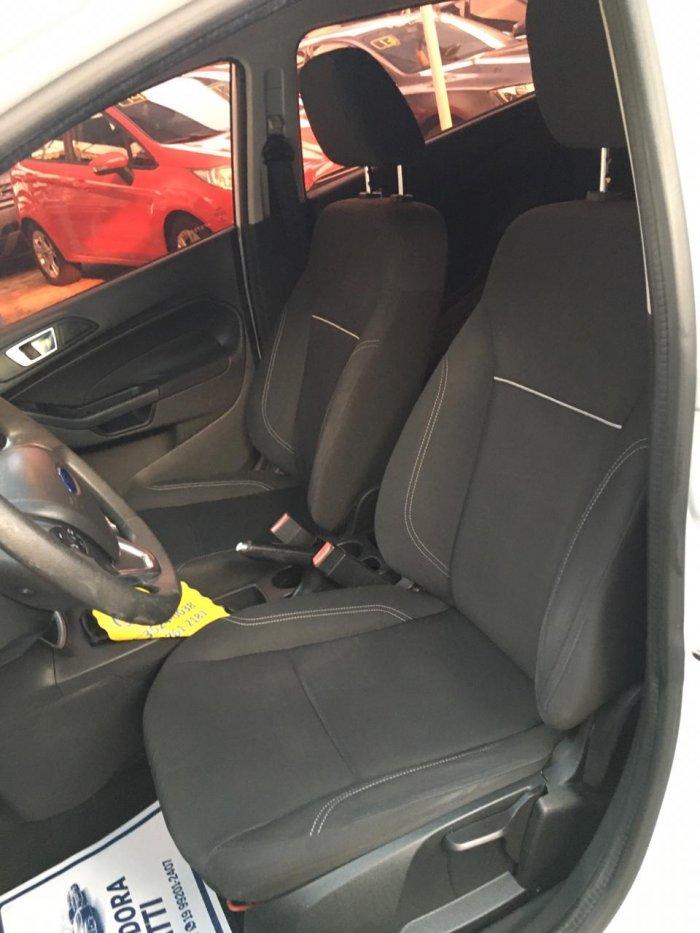 Veículo FIESTA HATCH 2015 1.6 SE HATCH 16V FLEX 4P MANUAL