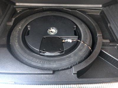 Veículo Q3 2014 2.0 TFSI AMBIENTE QUATTRO 170CV 4P GASOLINA S TRONIC