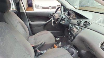 Veículo FOCUS HATCH 2008 1.6 GL 8V FLEX 4P MANUAL