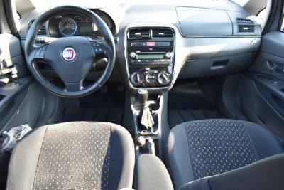 Veículo PUNTO 2010 1.8 HLX 8V FLEX 4P MANUAL