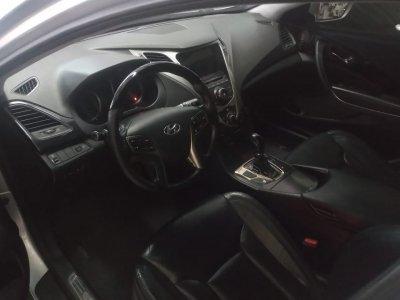 Veículo AZERA 2013 3.0 MPFI GLS V6 24V GASOLINA 4P AUTOMÁTICO