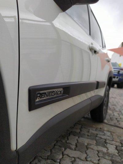 Veículo RENEGADE 2016 2.0 16V TURBO DIESEL SPORT 4P 4X4 AUTOMÁTICO