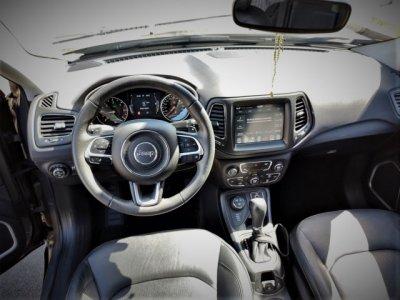 Veículo COMPASS 2018 2.0 16V DIESEL LONGITUDE 4X4 AUTOMÁTICO