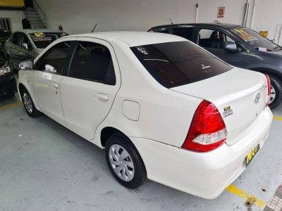 Veículo ETIOS SEDAN 2018 1.5 XS SEDAN 16V FLEX 4P AUTOMÁTICO
