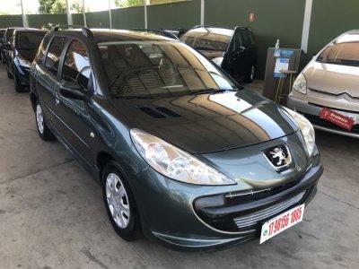 Veículo 207 2011 1.4 XR SW 8V FLEX 4P MANUAL