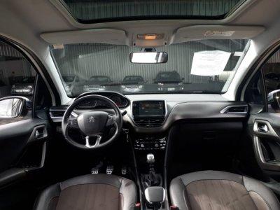 Veículo 2008 2016 1.6 16V FLEX GRIFFE 4P MANUAL