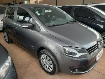 Veículo FOX 2014 1.6 MI 8V FLEX 4P MANUAL
