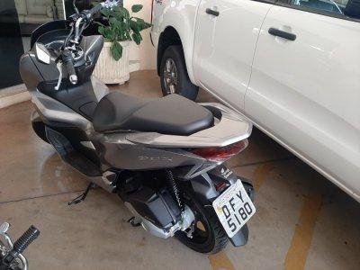 Veículo PCX 2019 Scooter