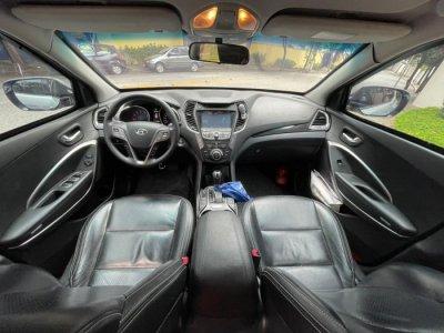 Veículo SANTA FÉ 2014 3.3 MPFI 4X4 7 LUGARES V6 270CV GASOLINA 4P AUTOMÁTICO