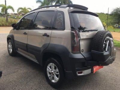Veículo IDEA 2011 1.8 MPI ADVENTURE 16V FLEX 4P AUTOMATIZADO