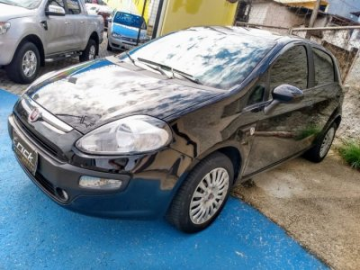 Veículo PUNTO 2013 1.4 ATTRACTIVE ITALIA 8V FLEX 4P MANUAL
