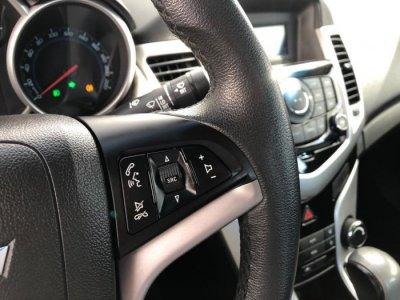 Veículo CRUZE SEDAN 2015 1.8 LT 16V FLEX 4P AUTOMÁTICO