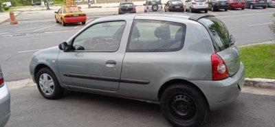 Veículo CLIO HATCH 2009 1.0 CAMPUS 16V FLEX 2P MANUAL
