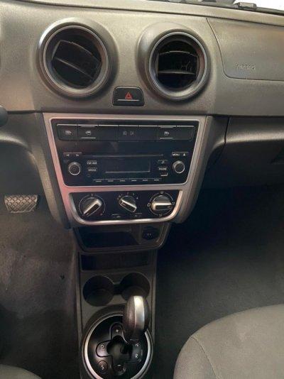 Veículo VOYAGE 2015 1.6 MI COMFORTLINE 8V FLEX 4P AUTOMATIZADO