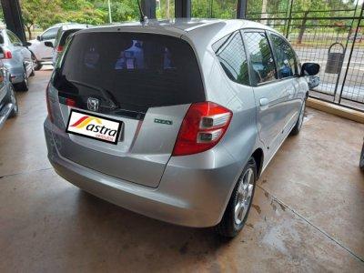 Veículo FIT 2009 1.4 LX 16V FLEX 4P AUTOMÁTICO
