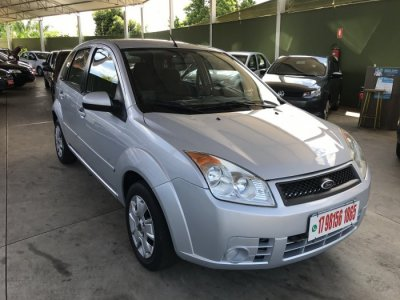 Veículo FIESTA HATCH 2009 1.0 MPI HATCH 8V FLEX 4P MANUAL