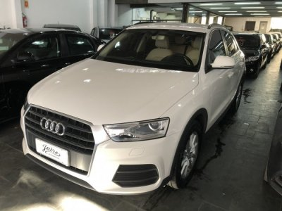 Veículo Q3 2017 1.4 TFSI ATTRACTION GASOLINA 4P S TRONIC