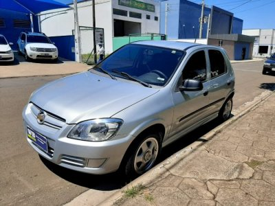 Veículo CELTA 2008 1.0 MPFI SUPER 8V FLEX 4P MANUAL