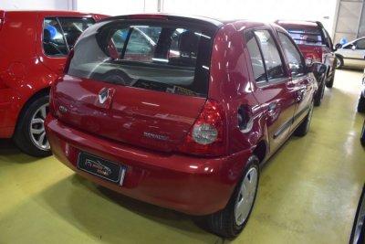Veículo CLIO HATCH 2011 1.0 CAMPUS 16V FLEX 4P MANUAL