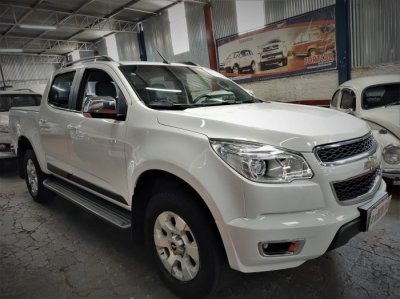 Veículo S10 2014 2.4 MPFI LTZ 4X2 CD 8V FLEX 4P MANUAL