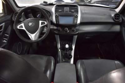 Veículo X60 2014 1.8 16V GASOLINA 4P MANUAL