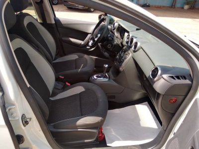 Veículo C3 2015 1.6 EXCLUSIVE 16V FLEX 4P AUTOMÁTICO
