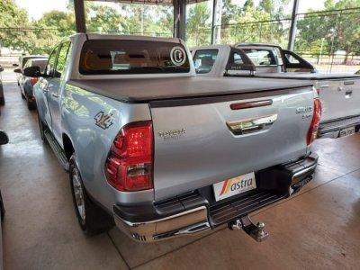 Veículo HILUX 2017 2.8 SRV 4X4 CD 16V DIESEL 4P AUTOMÁTICO