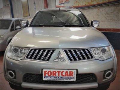 Veículo PAJERO DAKAR 2012 3.2 HPE 4X4 7 LUGARES 16V TURBO INTERCOOLER DIESEL 4P AUTOMÁTICO