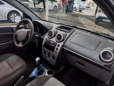 Veículo FIESTA HATCH 2013 1.6 ROCAM HATCH 8V FLEX 4P MANUAL