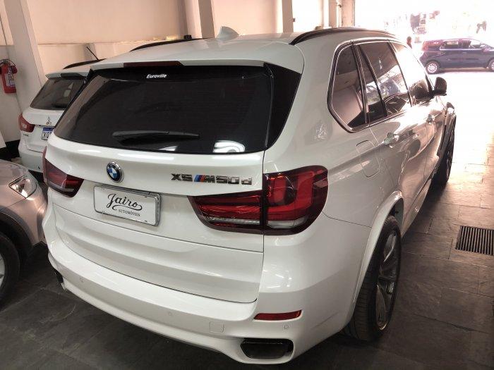 Veículo X5 2016 3.0 4X4 M50D I6 TURBO DIESEL 4P AUTOMÁTICO