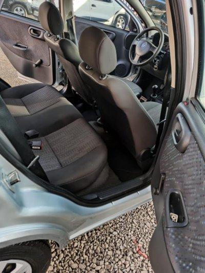 Veículo CORSA HATCH 2012 1.4 MPFI MAXX 8V FLEX 4P MANUAL
