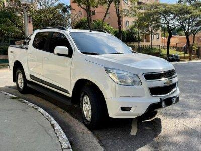 Veículo S10 2013 2.8 LT 4X4 CD 16V TURBO DIESEL 4P AUTOMÁTICO