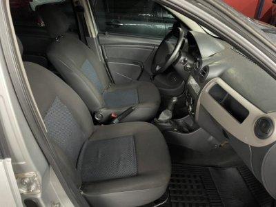 Veículo SANDERO 2010 1.0 AUTHENTIQUE 16V FLEX 4P MANUAL