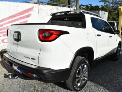 Veículo TORO 2018 2.0 16V TURBO DIESEL VOLCANO 4WD AT9