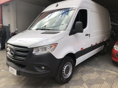 Veículo SPRINTER 2021 2.2 CDI DIESEL FURGÃO 314 STREET TA LONGO MANUAL