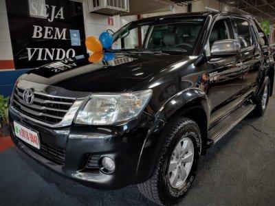 Veículo HILUX 2012 2.7 SR 4X2 CD 16V FLEX 4P AUTOMÁTICO