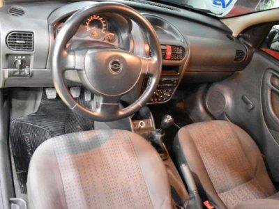 Veículo CORSA HATCH 2011 1.4 MPFI MAXX 8V FLEX 4P MANUAL