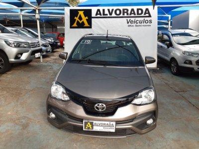 Veículo ETIOS SEDAN 2019 1.5 X SEDAN 16V FLEX 4P AUTOMÁTICO