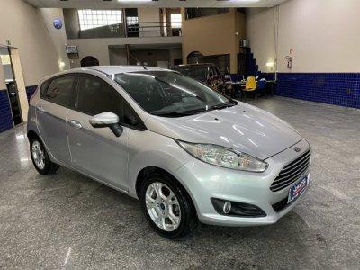 Veículo FIESTA HATCH 2014 1.6 SE HATCH 16V FLEX 4P AUTOMÁTICO