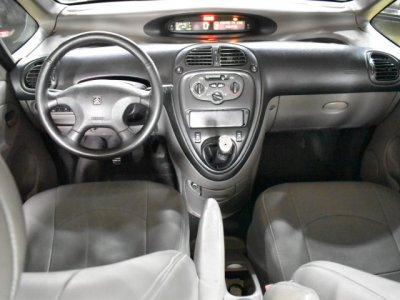 Veículo XSARA PICASSO 2001 2.0 GX 16V GASOLINA 4P MANUAL