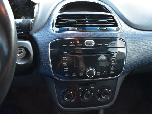Veículo PUNTO 2013 1.4 ATTRACTIVE 8V FLEX 4P MANUAL