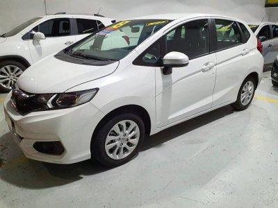 Veículo FIT 2018 1.5 LX 16V FLEX 4P AUTOMÁTICO
