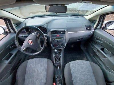 Veículo PUNTO 2012 1.6 ESSENCE 16V FLEX 4P MANUAL