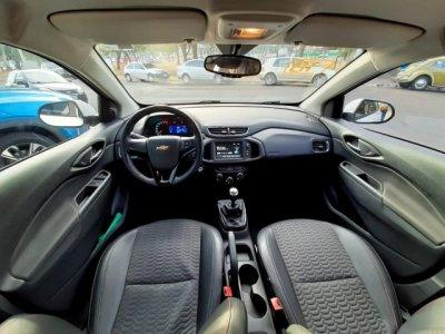 Veículo ONIX 2018 1.4 MPFI LTZ 8V FLEX 4P MANUAL